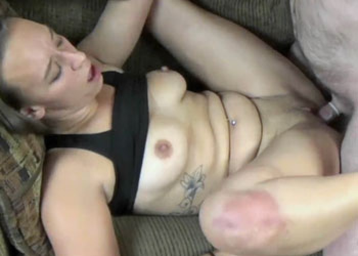 Naughty nympho nicci taylor gets off with a big dildo 4