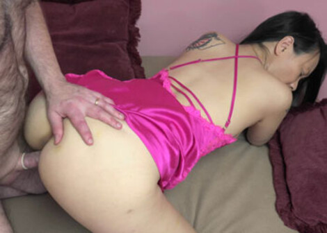 Logan's fucking Chinese slut Zoe Lark