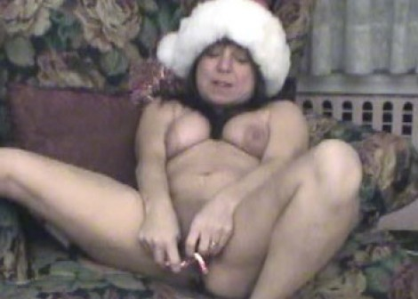 Naughty elf Vixen fucks her candy canes